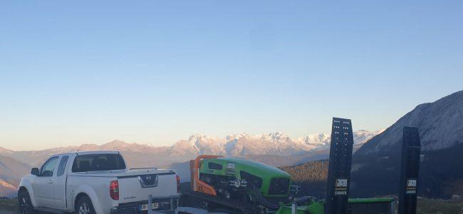 Débroussaillage des Alpages avec Robot Broyeur sur chenilles sur le département de la Haute-Savoie , Pays du Mont Blanc